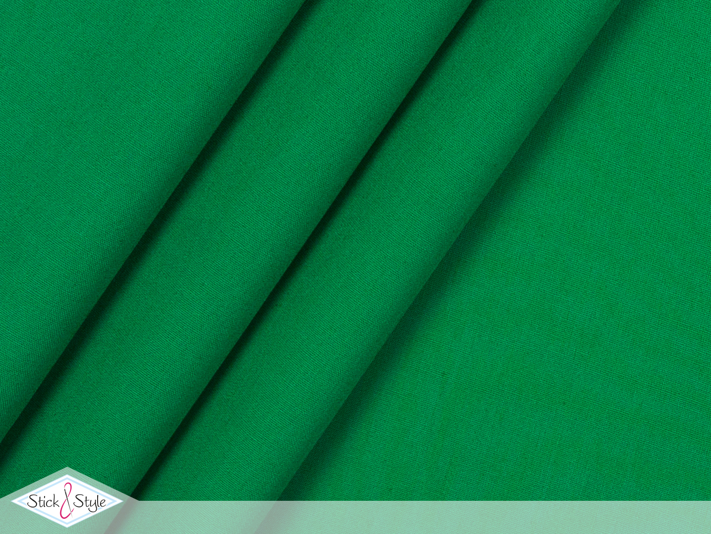 stoff baumwolle uni mittelgr n uni baumwolle stoffe stoffe und meterware g nstig online. Black Bedroom Furniture Sets. Home Design Ideas