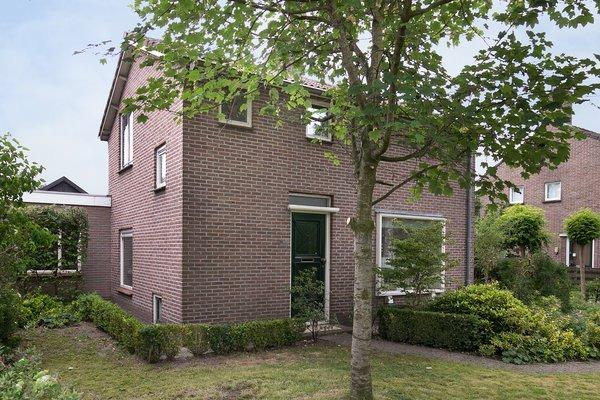 Julianalaan 36, Nieuwlande