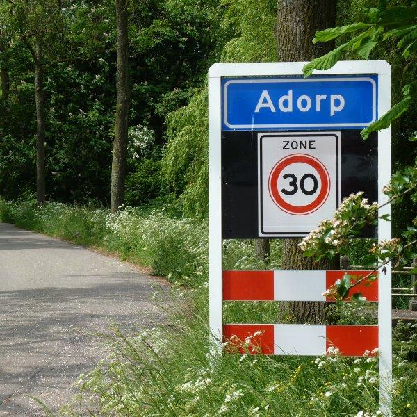 Spoorlaan 0-ong, ADORP