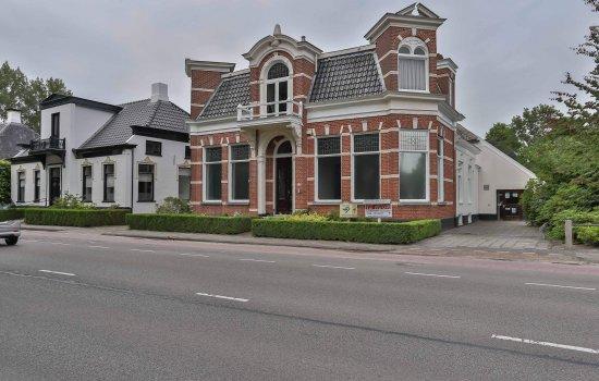 Meint Veningastraat 111--113, HOOGEZAND