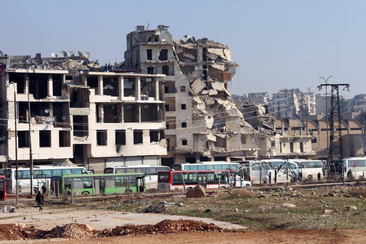 """""""كارثة حلب"""": مأزق الفرصة الأخيرة"""