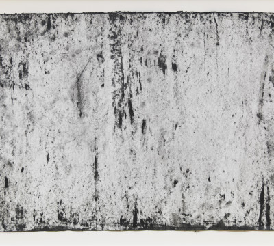 """Richard Serra: Ramble 3-54, 2015 . Etching Ink, paintstick, silica and lithocrayon on paper 19¾ x 25¼"""" (50.2 x 64.1 cm) C/o Pictoright Amsterdam, 2017."""