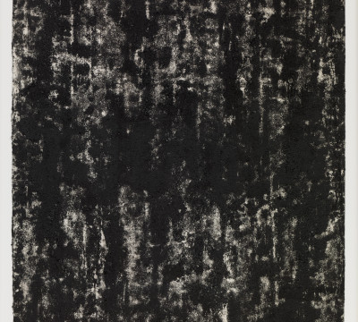 Richard Serra: Composite 1-1, 2016. Etching ink, paintstick, silica and lithocrayon on paper 40½ x 31½ (109.2 x 80 cm) C/o Pictoright Amsterdam, 2017.