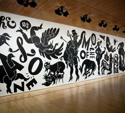 Parra, titel: Weirded Out. Parra (Piet Janssen), Weirded Out, 2012; muurschildering, 365.76 cm x 1828.8 cm; Collectie SFMOMA, Schenking door de kunstenaar; ©Parra