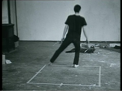 Bruce Nauman, Dance or Exercise on the Perimeter of a Square, collectie Museum Boijmans Van Beuningen