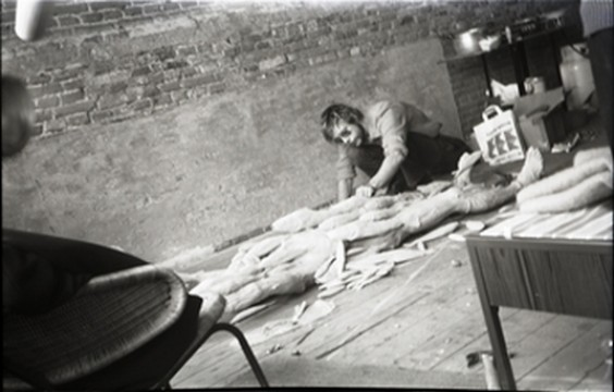 Paul Thek, working on Fishman, Amsterdam, 1969. Everlasting loan: Franz Deckwitz 1994/2011.
