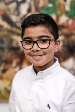 Mijn naam is Issa Malik, ik ben 11 jaar. Ik heb al een aantal tips voor het Museum Boijmans Van Beuningen. Ik ben zelf gek op kunst en teken zelf ook graag. Ik verwacht een hoop vragen vanuit het museum; ik ben er klaar voor!