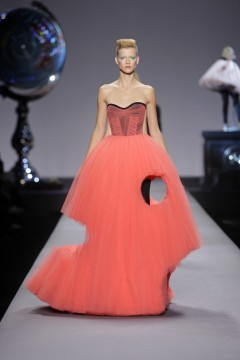 Viktor&Rolf, Look 28, The Coral Dress, Cutting Edge Couture, lente/zomer 2019, fotografie: Peter Stigter