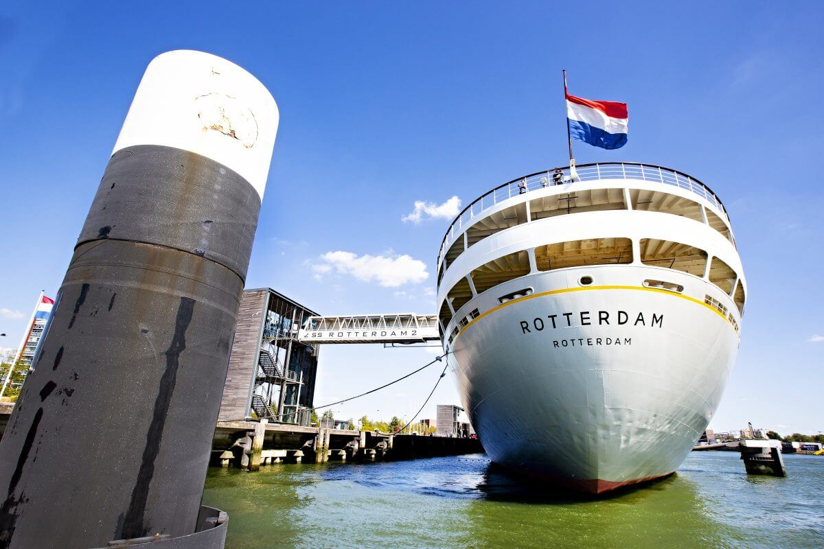 Fly NL flag and become part of one of the strongest maritime clusters in the world