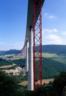 Die größten Projekte der Welt: Hoch über Millau - Das Superviadukt - stream