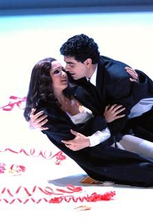 Giuseppe Verdi - La Traviata stream