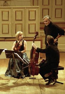 Klassik Konzerte - Streichquartett KV 465 C-Dur (Wolfgang Amadeus Mozart) - stream