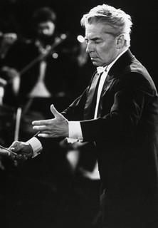 Klassik Konzerte - Symphonie Nr. 3 Es-Dur op. 55 ´Eroica´ (Beethoven) - stream