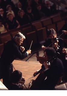 Klassik Konzerte - Symphonie Nr. 4 f-Moll op. 36 (Peter I. Tschaikowsky) - stream