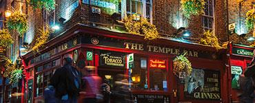 Dublin, die Hauptstadt Irlands, hat seinen Besuchern das ganze Jahr über viel zu bieten. Die geselligen Menschen und vielen historischen Sehenswürdigkeiten machen die irische Metropole zu einem beliebten Ziel für die nächste Städtereise.