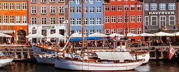 Kopenhagen, die Hauptstadt Dänemarks, bietet das ganze Jahr über zahlreiche Möglichkeiten für spannende Entdeckungstouren und Ausflüge. Die Auszeichnung als
