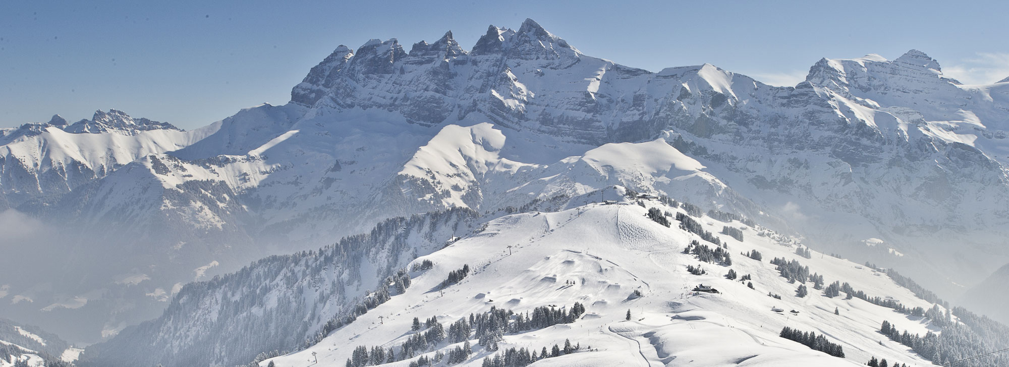 Partner Fur Skimiete Snowboardmiete In Champery Wallis Schweiz