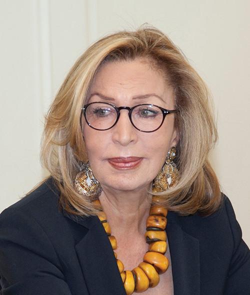 Dr. Nouha Alhegelan