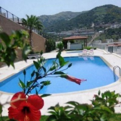 Yalıkavakta Panoromik Deniz Manzaralı 8 Kişilik Villa Li...