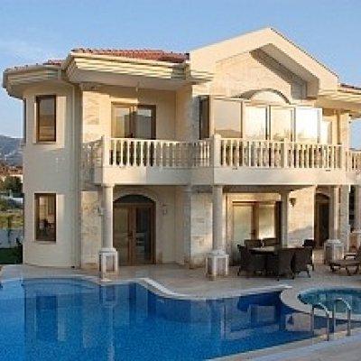 Dalyan Köy Merkezine 500 Metre Mesafede Villa....