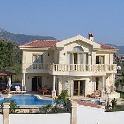 Daldan'da Nehire Yakın Mesafede Havuzlu Villa...