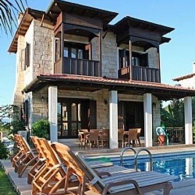 Dalyan Merkeze 15 Dakika Mesafede Havuzlu Villa...