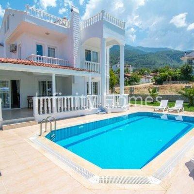 Fethiye Ovacık'ta 4+1 Triplex Villa...