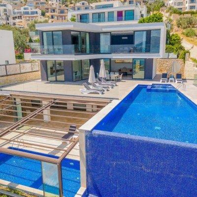 Deniz Manzaralı 8 Kişilik Lux Villa (aquamarine)
