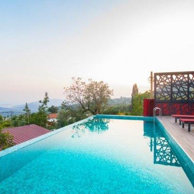 Kalkan'da İslamlar Köyünde 4 Kişilik Havuzu Korunaklı Lüks Villa ( Loft)