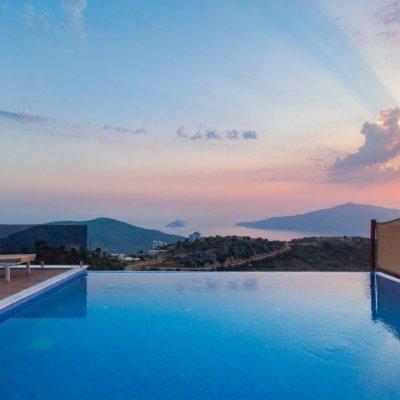 Kalkan Kördere'de Full Deniz Manzaralı Kapalı Havuzlu Villa... (roma)