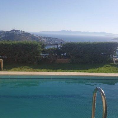 Yalıkavakta Özel Havuzlu Villa