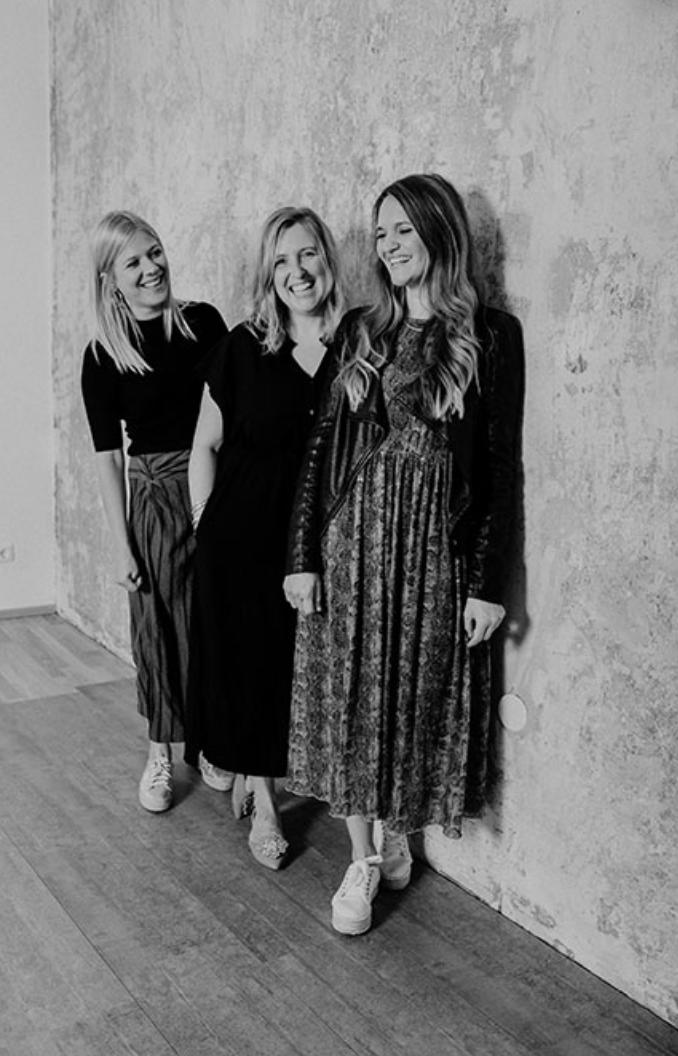 feinstens boutique team photo
