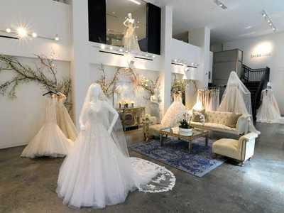 stanley korshak bridal photo