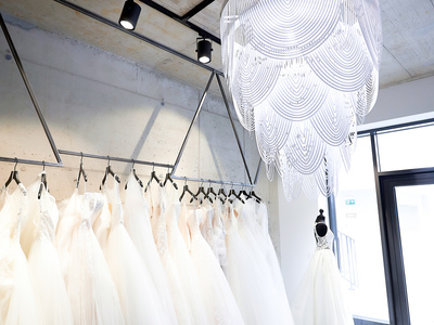 loveglow - bridal concept photo 1