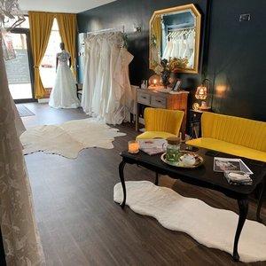 white closet bridal photo 4