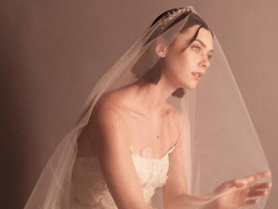 stone bridal photo 3