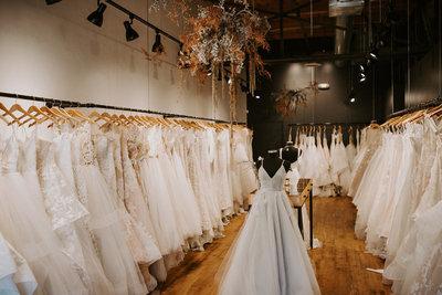 anna be bridal shop photo 3