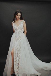 noble dress photo 2
