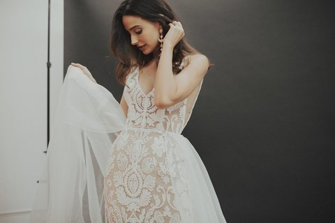noble dress photo 4