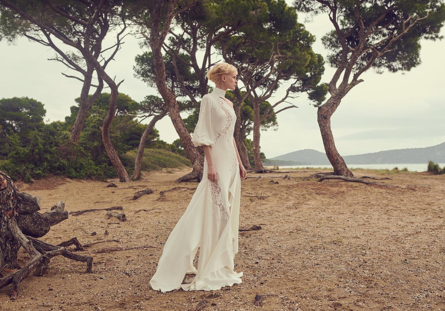 dione dress photo