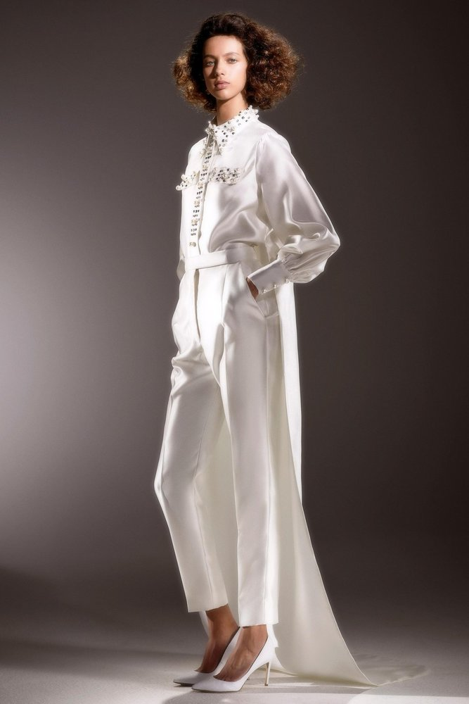 immaculate dramatic train blouse  dress photo