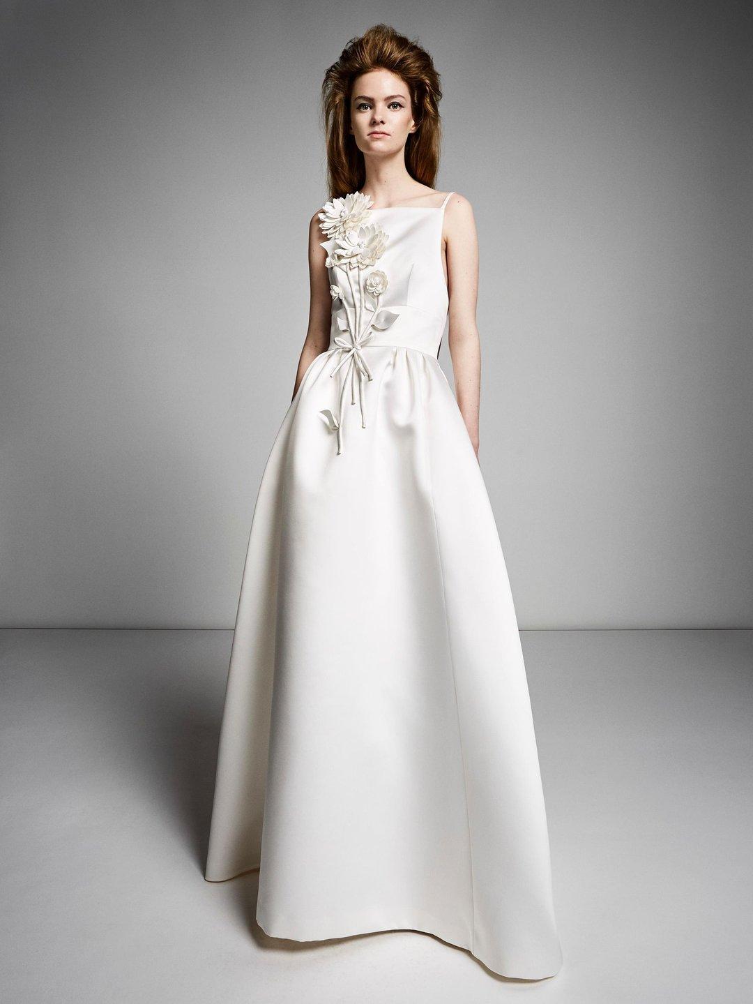 flower bouquet gown  dress photo