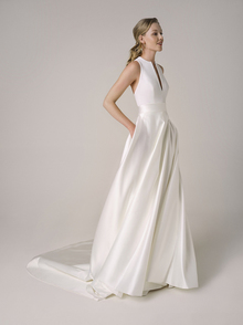 221 dress photo 1