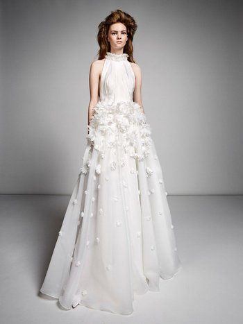 ethereal millefeuille flower gown  editor's picks photo