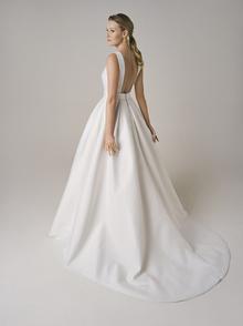 224 dress photo 2