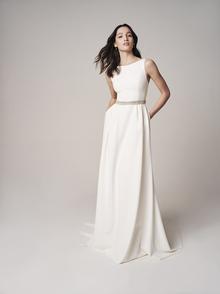 230 dress photo 3