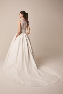 104 dress photo 2
