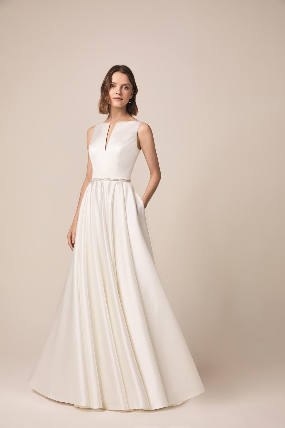 105 dress photo