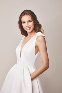 107 dress photo 3