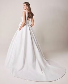 110 dress photo 2